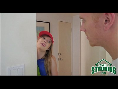 Comeu a irmã loirinha gostosa que foi no seu quarto te provocar