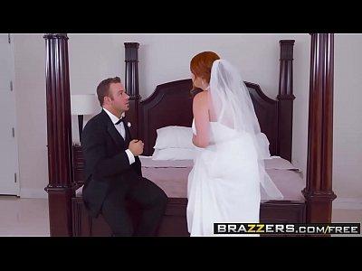 Noiva safada antes do casamento dando pro padrinho