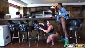 Xvideos comendo amiga da namorada dos peitos grande