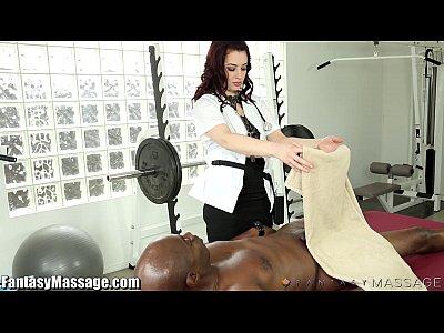 Massagem No Pau Grosso Avantajado Do Negão Com Sexo