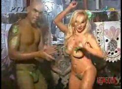 Sabrina boing boing pelada