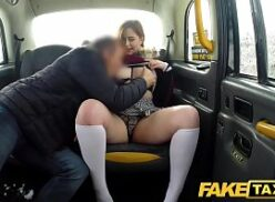 Sexo hot fodendo com tesão no Fake Taxi