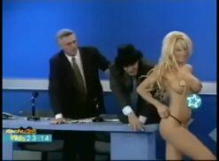 Dana fleyser topless