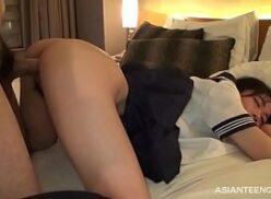 Foda quente em filme porno com japonesa novinha