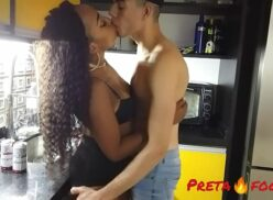 Sexo brasileiro com padrasto e intiada