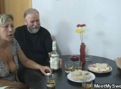 Sexo com pai com filha em português