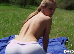 Yoga erotico